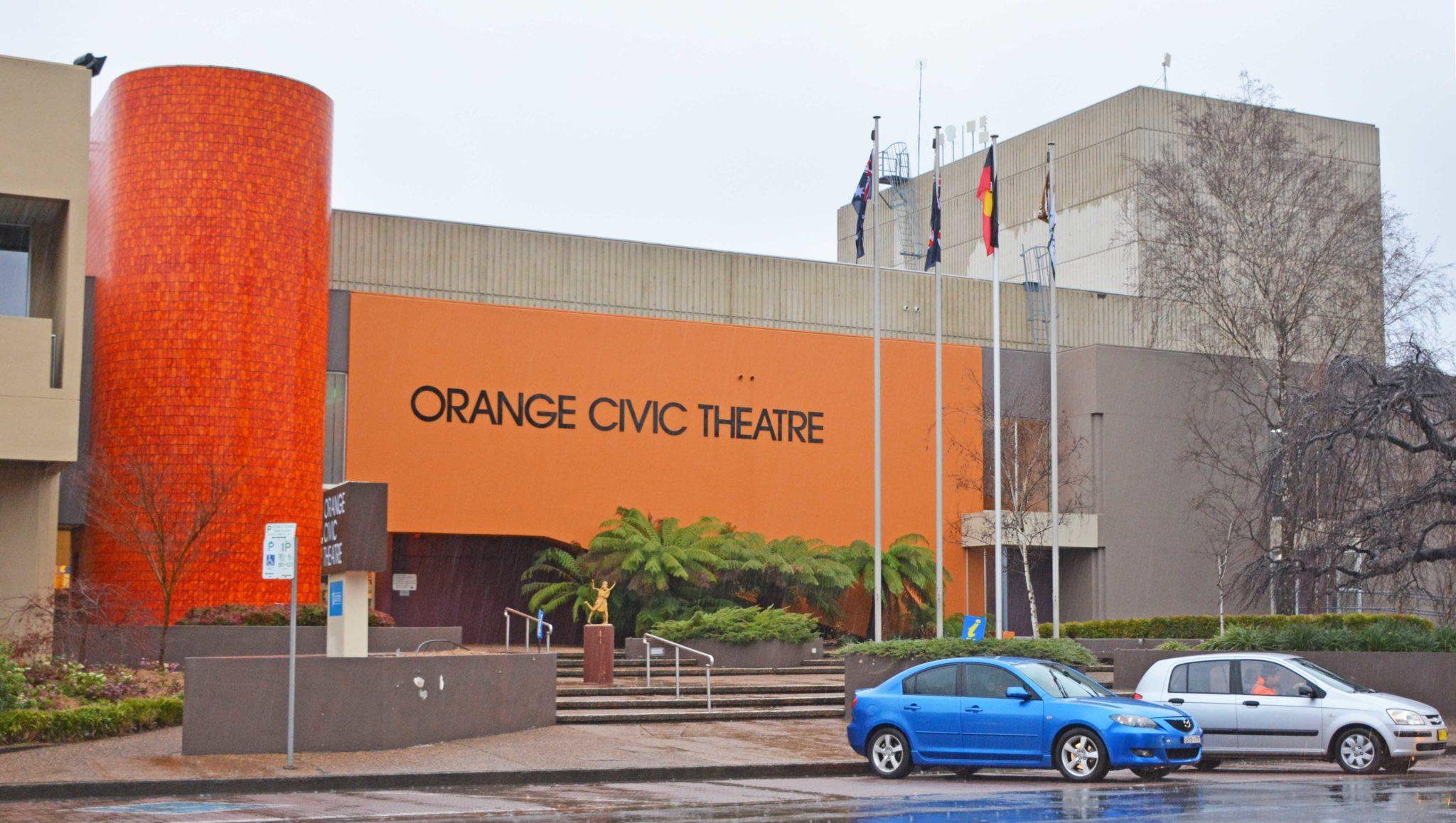 Outside view of Orange Civic Theatre