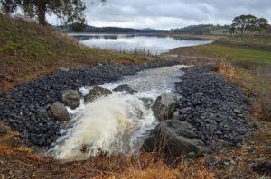 The Macquarie Pipeline pumps water into Suma Park dam.