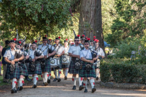The Canobolas Pipe Band playing
