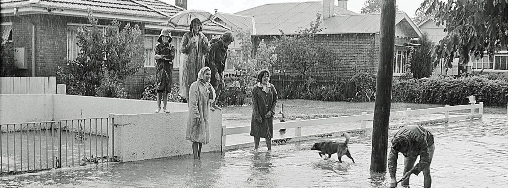 Flooding in Kite Street in 1966