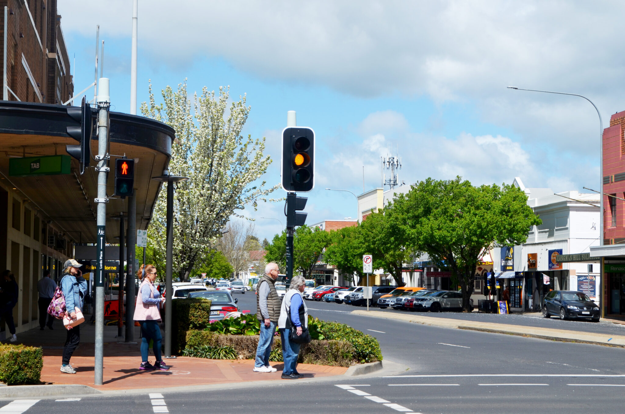 A scramble crossing in proposed for the Lords Place and Summer Street intersection.
